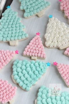 Pastel Christmas Tree Cookies by Sweetopia - Could someone volunteer to make these for me, because mine would never turn out this pretty!