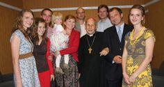 El prelado del Opus Dei realizó recientemente una visita pastoral a Bratislava (Eslovaquia). Animó a las familias a dar ejemplo de vida cristiana y realizar un intenso apostolado.