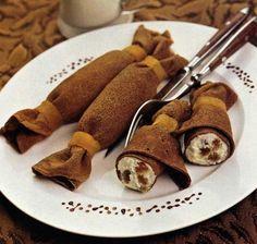 Chocolate crepes - Čokoládové palacinky - looks good Sweet Recipes, Dog Food Recipes, Dessert Recipes, Cooking Recipes, Desserts, Breakfast Desayunos, Chocolate Pancakes, Dessert Chocolate, Baked Alaska