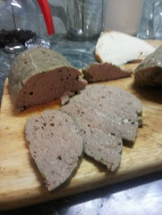 kenőmájas Hungarian Recipes, Ham, Sausage, Bacon, Cooking Recipes, Homemade, Dishes, Cookies, Food