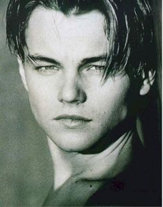 Leonardo DiCaprio in a black in white photo shirtless Johnny Depp, Leonard Dicaprio, Leonardo Dicaprio Photos, Portrait, Hxh Characters, King Of The World, Beautiful Boys, Famous People, How To Look Better