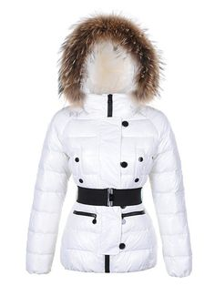 http://www.warmmoncler2u.com/moncler-gene-women-s-down-jackets-in-white.html