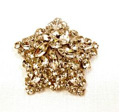 Rhinestone Star Brooch Vintage Pin Large Size by ToadSuckTreasures