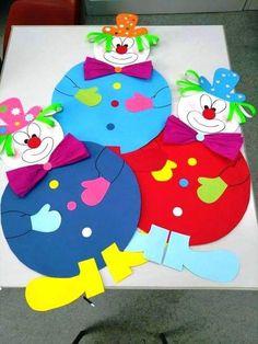 Clown Crafts, Circus Crafts, Carnival Crafts, Art Drawings For Kids, Art For Kids, Paper Crafts For Kids, Arts And Crafts, Mardi Gras, School Decorations