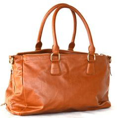 Great New Mom gifts from www.dailyparent.com Juno-Blu-Ventana_Bag