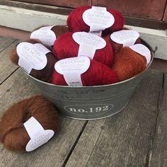 New colors in Tynn Silk Mohair from Sandnesgarn   3072 mörk brun 4236 djup röd 3554 rost  #knitting #knittersofinstagram #neulonta #neulominen #lankakauppatitityy #weshipworldwide #silkmohair