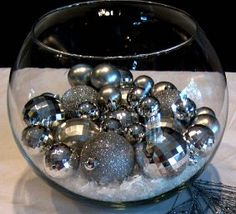 Simple new years eve centerpieces that will rock the clock. Simple new years eve centerpieces that will rock the clock. Winter Table Centerpieces, Christmas Centerpieces, Decoration Table, Christmas Decorations, Wedding Centerpieces, Silver Centerpiece, Branch Centerpieces, Christmas Tables, Centerpiece Decorations