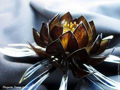 """Купить Эпифиллум """"Королевская роскошь"""". Ювелирное украшение - черный, черный цветок, роскошное украшение, корона. Exquisite Wire and Resin Kanzashi Flower Hair Jewelry"""
