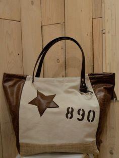 6613539ad1 Sac a main en toile de jute beige Cabas artisanal en toile tissu beige et  simili