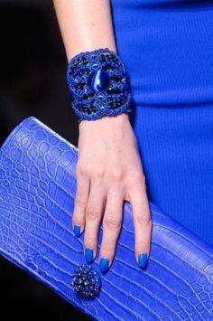 Cobalt blue fashion on black background / Jean Paul Gaultier Jean Paul Gaultier, Style Bleu, My Style, Blue Style, Glamorous Chic Life, Bleu Cobalt, Bleu Indigo, Estilo Grunge, Electric Blue