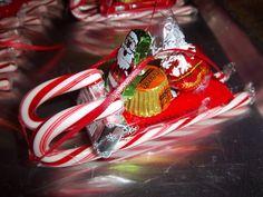 Candy cane sleigh. Cute favor at Christmas