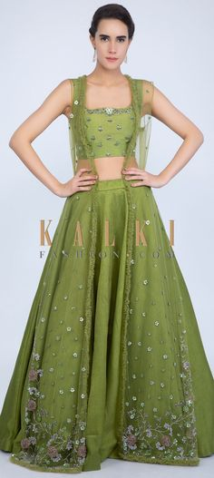Niti Taylor in Kalki Parrot Green Lehenga And Crop Top In Raw Silk With A Matching Heavy Embroidered Long Jacket Mermaid Wedding Dress With Sleeves, Plus Size Wedding Dresses With Sleeves, Raw Silk Lehenga, Green Lehenga, Cropped Tops, Lehenga Designs, Lehenga Crop Top, Jacket Lehenga, Plus Size Lehenga