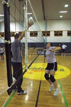 Volleyball blocking drills and tips for teaching block techniques