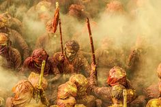Holi. sony-world-photography-awards-entries-2015. Ioulia Chvetsova captured this image, it represents Lathmar Holi Festival, which includes Hindu devotees throwing colors at one another in celebration of spring.