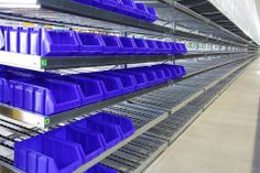 ..our bins of the Bull line, here in blue colour, are suitable for dynamic and gravity shelving systems!