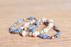 Pinks and blues make for the perfect bracelet combination for any occasion! Rolled paper beads make for the perfect Hope Art bracelets!