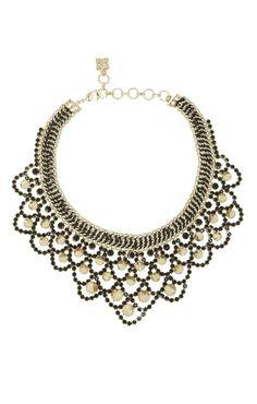 Statement necklace. #accessories #statement #basics