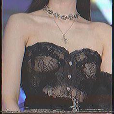 Black Pink Songs, Black Pink Kpop, Kim Jennie, My Girl, Cool Girl, Belly Button Piercing Jewelry, Kpop Girl Bands, Mode Kpop, Lisa Blackpink Wallpaper