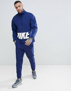 Nike Woven Hybrid Tracksuit Set In Blue Windbreaker Outfit, Nike Windbreaker, Hoodie Outfit, Nike Outfits, Sport Outfits, Jogging, Nike Clothes Mens, New Mens Suits, Nike Tracksuit