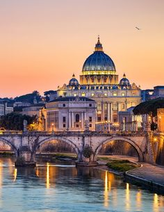 Saint Peter's Cathedral above the Tiber river, Vatican City.