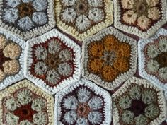 Virkkaus, virkattu afrikkalainen kukka, Crocheting African Flowers
