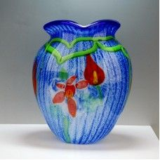 Size: 11DX22X26cm Material: Murano glass Description: All of our glass crafts are true hand blown. They are different from the other glass crafts which are made by machine. Our glass crafts are handicraft in its true sense. Our products are international certified, they are controled in the standard quality field. Now we have some stocks to sell,and the real products will look exactly the same as photos.
