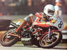 Young American rider Freddie Spencer rides a Ducati in the 79' AMA Superbike series. All before the major U.S.and Grand Prix titles.