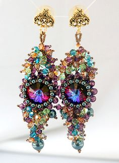 MARDI GRAS EARRINGS FRONT HANGING - GOLD MEDAL WINNER