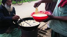 Eggplant Aubergine Brinjal frying & selling beside the village road. Testy and crispy begun chop. Emu showing how to fry spicy brinjal with flour. Eggplant Fries, Spicy Eggplant, Street Food, Food Videos, Watch, Amazing, Ethnic Recipes, Youtube, Clock