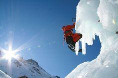 Eisklettern in den Bergen