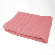 Drap de bain 90 x 150 cm en éponge unie de couleur rose dragée.<br>100% coton, 450g/m2.