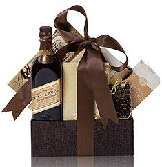 Johnnie Walker Gift basket: A bottle of Johnnie Walker Gold Label Scotch, truffles, chocolate, crackers and cookies in a reusable container Cigar Gifts, Bbq Gifts, Wine Gifts, Gift Box For Men, Unique Gifts For Men, Small Gifts, Blue Gift Basket, Gift Baskets For Him, Candy Christmas Decorations