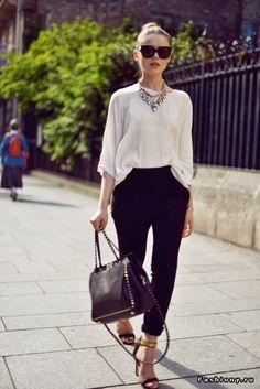 Studded but still so feminine! - Valentino Rockstud Tote