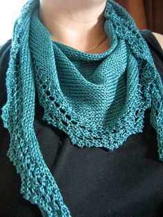 Chinook Scarf by Put a Sock in it, via Flickr - Ravelry pattern - On my list to knit!
