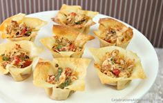 """""""spicy chicken cup"""" party appetizers!!!~These spicy chicken cups are one my classic go-to appetizers when hosting a ladies night or a cocktail party. The cups are made from wonton wrappers, which can be used to serve so many fillings {I'll share more in the future}."""