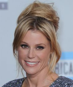 Julie Bowen Hairstyle - click to try on!