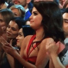 Selena Gomez Reaction to Taylor Swift Grammys Win 2016 | OMG ME!!! When my best friend slays this is me!