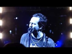 Gord Downie & Tragically Hip Dedication - Light Years - Pearl Jam 2016.08.20 Chicago Wrigley 1 - YouTube