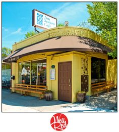 Inn Season Cafe - A trip home just isn't complete without eating here.