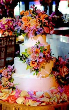 Wedding Cake Tips from Sylvia Weinstock | Wedding Planning, Ideas & Etiquette | Bridal Guide Magazine