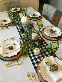 120 hottest christmas table decorating ideas for you - page 2 ~ Modern House Des. - 120 hottest christmas table decorating ideas for you - page 2 ~ Modern House Design - ? Thanksgiving Table, Thanksgiving Decorations, Seasonal Decor, Halloween Decorations, Christmas Decor, Fall Home Decor, Autumn Home, Buffalo Check Table Runner, Decoration Table