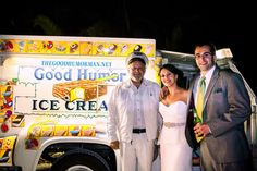 Tropical Estate Modern Jewish Wedding in South Florida Wedding Reception Appetizers, Good Humor Ice Cream, Wedding Blog, Wedding Venues, Food Truck Wedding, South Florida, Tropical, Romance, Modern