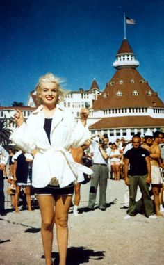 "Marilyn Monroe at the Hotel Del Coronado in California - during filming of ""Some Like It Hot"" with Jack Lemmon & Tony Curtis, 1958."