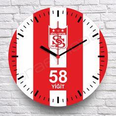 Sivasspor fanatiklerine özel tasarım kişiye özel isim ve numara yazdırılabilen MDF ahşap duvar saati.