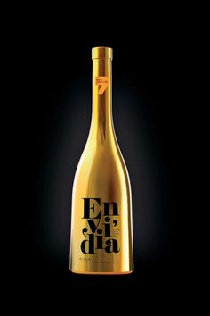 #wine #label #packaging #design #spirit #maximum #taninotanino #winelabel
