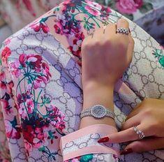 Pushing The Boundaries – Casio Watches Girl Hand Pic, Cute Girl Pic, Girls Hand, Mode Abaya, Mode Hijab, Stylish Girls Photos, Stylish Girl Pic, Whatsapp Dp, Girl Photo Poses