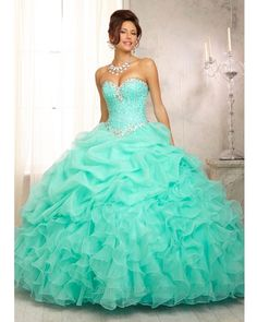 Pretty quinceanera dresses, 15 dresses, and vestidos de quinceanera. We have turquoise quinceanera dresses, pink 15 dresses, and custom quince dresses! Sweet 15 Dresses, Cute Prom Dresses, Pretty Dresses, Homecoming Dresses, Beautiful Dresses, Grad Dresses, Gorgeous Dress, Teal Quinceanera Dresses, Puffy Dresses