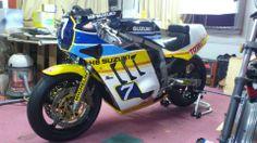 SUZUKI GSX-R750 1985