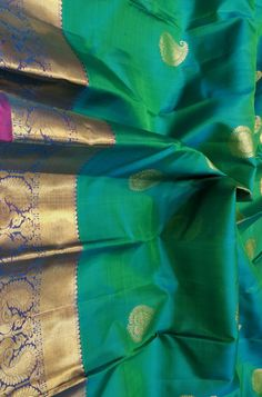 Discover thousands of images about Green Handloom Kanjeevaram Pure Silk Saree Kanjivaram Sarees Silk, Indian Silk Sarees, Kanchipuram Saree, Soft Silk Sarees, Kerala Saree, Ethnic Sarees, Sari Silk, Bridal Silk Saree, Organza Saree