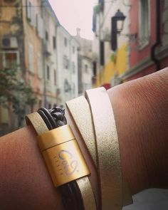 COWstyle in Italien #ootd #photooftheday #f4f #beautiful #instalike #beauty #schmuck #jewelry #bracelet #armband #wanderlust #travel #vsco #venezia #leather #leder #design #fashion #mode #design #italy #Italien #lifestyle #art #mode #cowstyleday2day Wanderlust Travel, Insta Like, Vsco, Ootd, Italy, Bracelet, Lifestyle, Instagram Posts, Leather